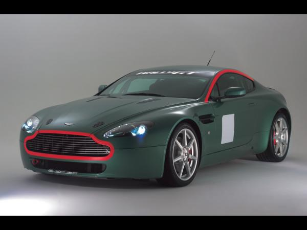 aston-martin-racing-wallpapers_3992_1024.jpg