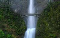 bridge_over_the_waterfall_-_waterfalls_computer_wallpapers_pictures_t1.jpg